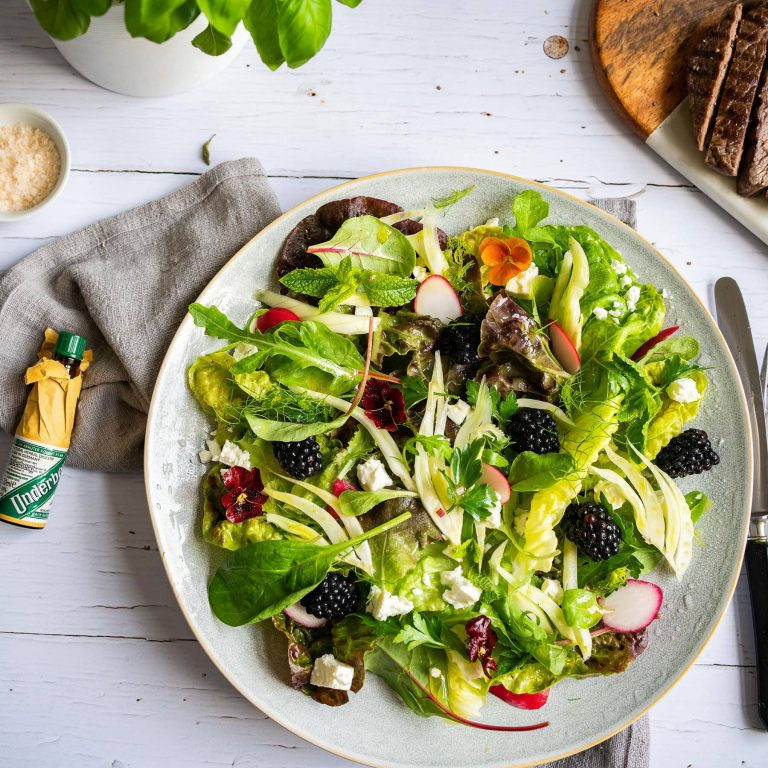 Summer salad with beef hip steak